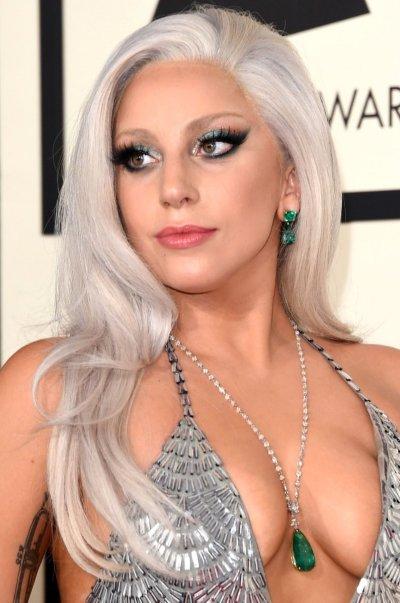 lady-gaga-tendencia-para-cabelo-2019-silver-beauty-hits